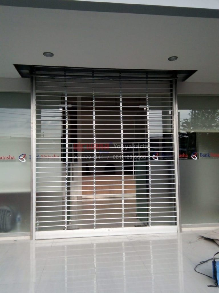Rolling Aluminium safety Grilles
